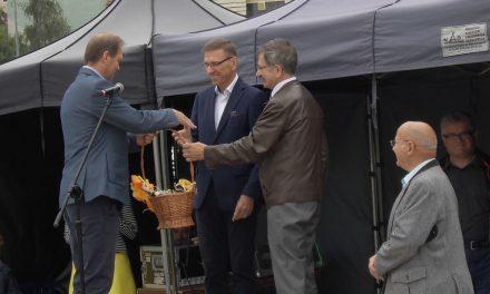"""""""Pszczoły i miód"""" – XXV festyn pszczelarski w Olsztynie – relacja"""