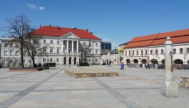 W piątek otwarcie pierwszej pasieki miejskiej w Kielcach. Będzie transmisja w TVP2 | Pszczoly.eu
